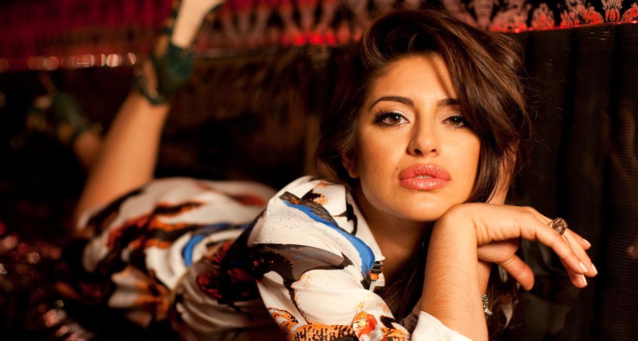Mayra Leal